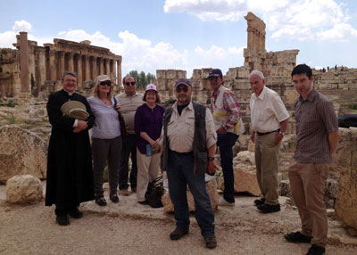 Mussalaha team members at Baalbek (Lebanon) preparing to cross into Syria